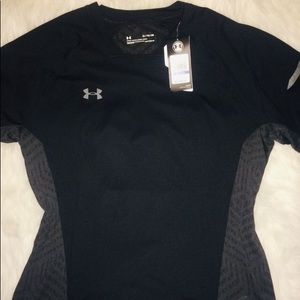 Under Armour Black/Gray Short Sleeve Shirt sz XL